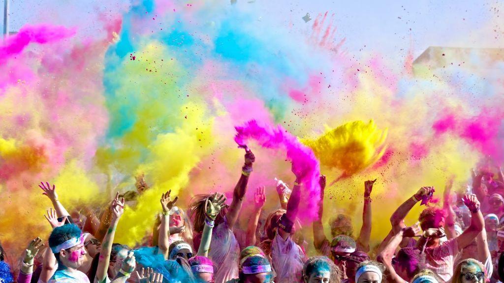 The color run fa tappa a Rimini